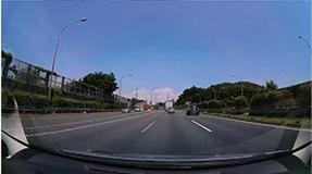 前方カメラ映像
